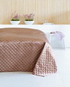 Prekrivač za krevet boja smeđa