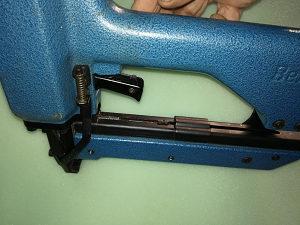 Pistolj za eksere 32mm BEA