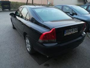 Volvo S60 2.5 T AWD 4x4 154kw - PLIN SKVENT
