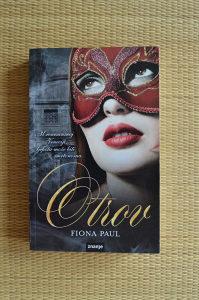 Otrov - Fiona Paul