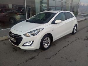 Hyundai i30 1.6 MPI (presao 32.000 km)! GARANCIJA!