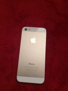 Iphone 5s 32gb gold otkljucan kao nov