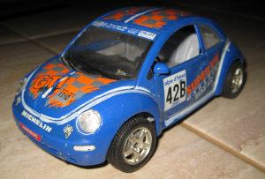Autic Burago 1/24 - Volkswagen - New beetle 1998