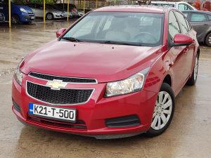 Chevrolet Cruze LS 1.6L