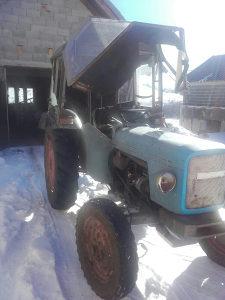 Traktor ferguson 1978