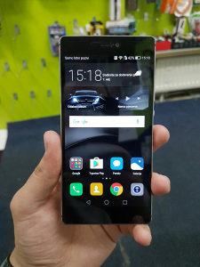Huawei P8 crni