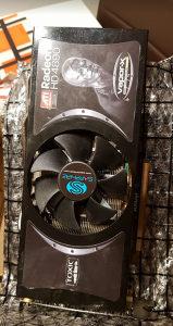 Sapphire Radeon HD4890 Toxic 1gd5 graficka kartica