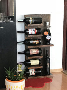 Polica / stalak za vino