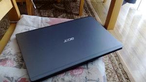 Laptop acer 5810T