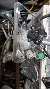Ford fokus/podizaci 061977699 otpad KAONIK ZIGI