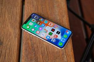 Iphone X Nov Otkljucan  - KUPUJEM-POTRAZUJEM