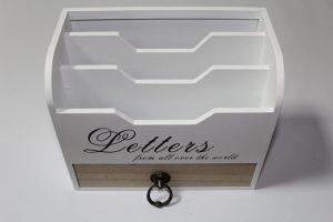 Drvena kutija za poštu