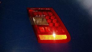 Štop svjetla na gepeku mercedes e klasa e212 2011god