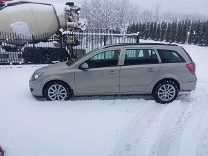 Opel astra h 1.7 cdti 2006 gp uvezena i registrovana