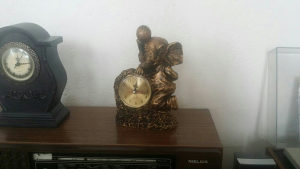 Komodni sat ispravan