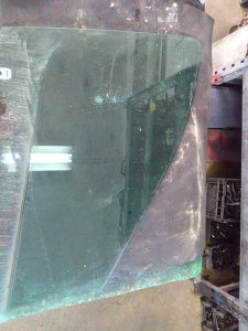 Prednje desno staklo vrata Mercedes Vaneo