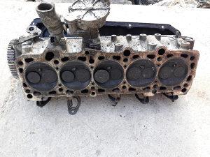Glava motora audi 90 2.3  10V