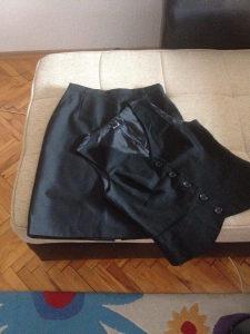 suknja i prsluk za ugostiteljstva