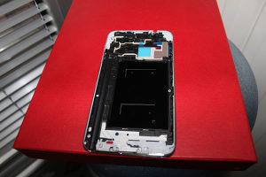 Samsung Galaxy Note 3 frame od displeja