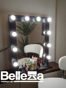 Ogledalo s rasvjetom Make up ogledalo