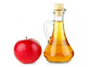 Domaća rakija jabuka i šljiva