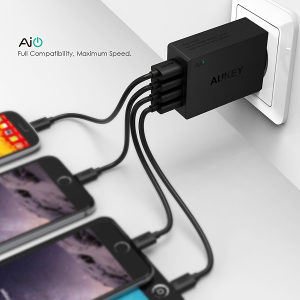 Aukey Punjač 4 USB Port Adapter