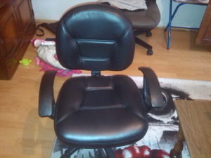 stolica za kompijuter
