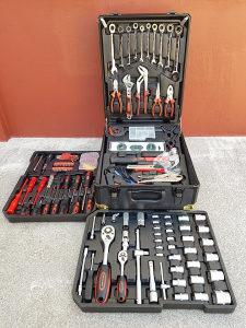 Kofer alata 326 dijelova