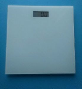 Digitalna kucna vaga do180kg. Odlicno stanje!!