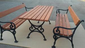 Parkovska klupa i sto,baštovanska garintura