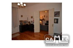 Četverosoban stan / 114 m2 / Ferhadija
