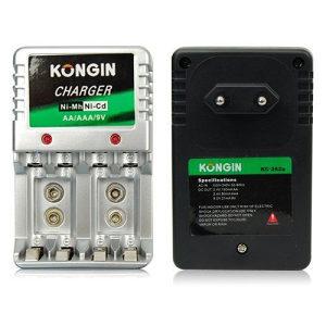 Univerzalni punjac za baterije AA, AAA i 9V
