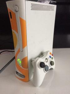 Xbox 360 120gb rgh cipovan gta5 fifa19 pes18
