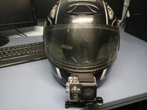 AGV kaciga veličine M + NOVA akcijska kamera