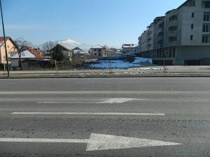 TRIMMO/ Građevinska parcela površine 1300 m2, Dobrinja