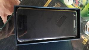 Samsung S7 Edge u kvaru