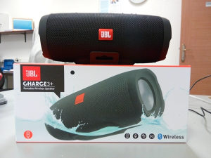JBL Charge3   Portable Bluetooth Speaker