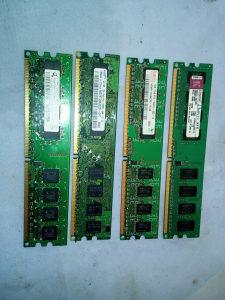 RAM MEMORIJA 4 kom po 1GB DDR3