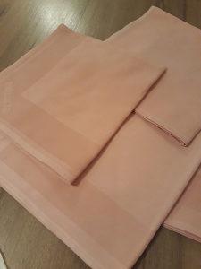 Kuhinjska krpa damast pamuk roze i bijela boja