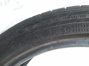 Gume Continental 225/40R18