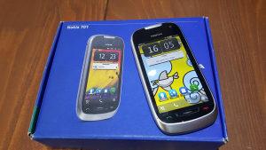 Nokia 701 stanje 10/10, kutija i oprema