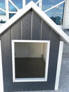 Kućica za psa od sendvić panela