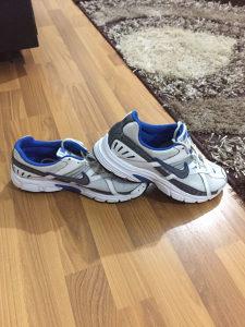 Patike Nike Xccelarate 42.5