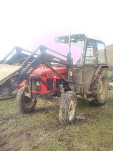 Traktor zetor 7011