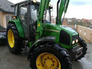 Traktor John Deere 3300X Utovarivac