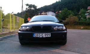 BMW 330d FACELIFT Black Edition -