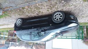 Peugeot 206 1.1 benzin. Registrovan do 11 mjeseca