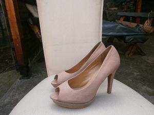 bata zenske cipele br37. koža.