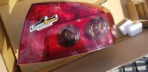 Peugeot 407 stop svjetlo straznje NOVO