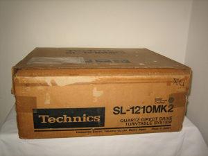 Gramofon, Technics SL-1210 MK2 (model iz 1986. godine)